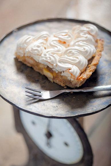 Obuolių pyragas su baltymais
