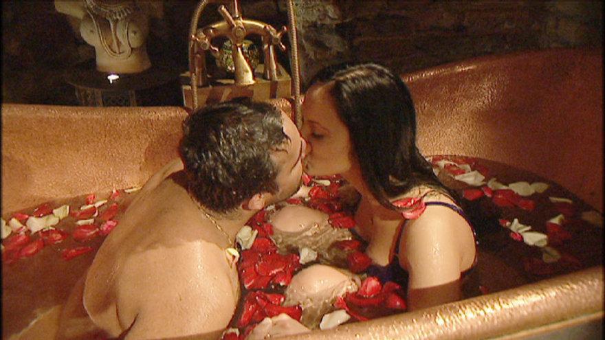 Vilma ir Radžis Aleksandrovičius vonioje