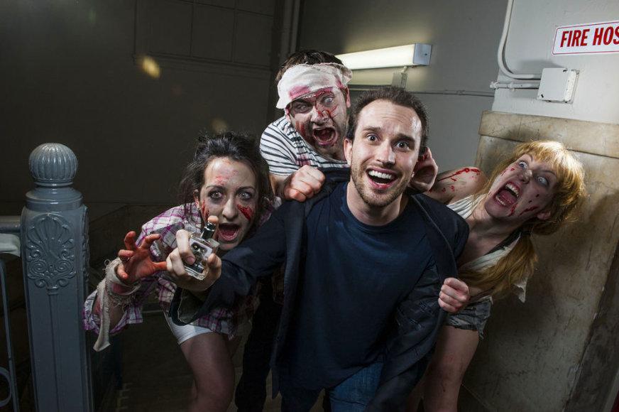 """Kvepalų """"Zombie for him"""" reklama"""