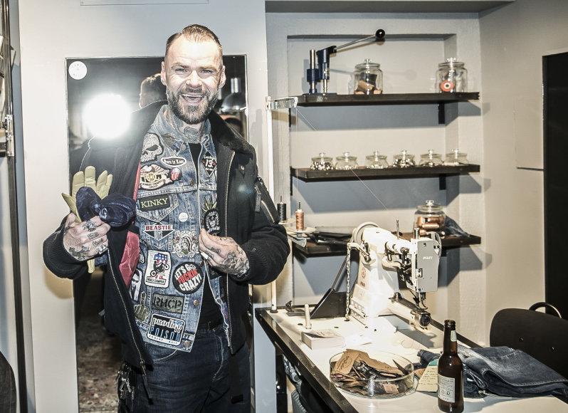 """Viganto Ovadnevo/Žmonės.lt nuotr./Parduotuvės """"Pando denim studio"""" atidarymas"""