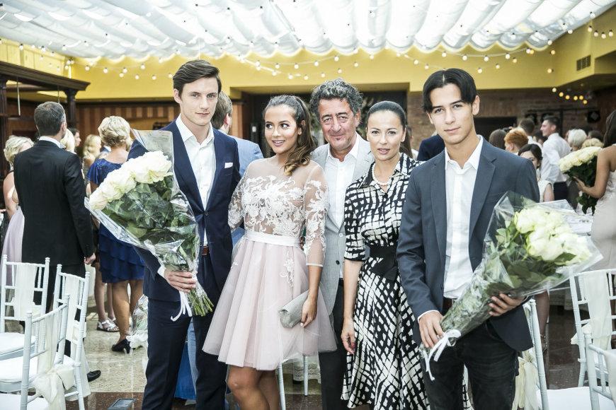 Viganto Ovadnevo/Žmonės.lt nuotr./Sofio Gelašvili ir Dominyko Niūniavos vestuvės