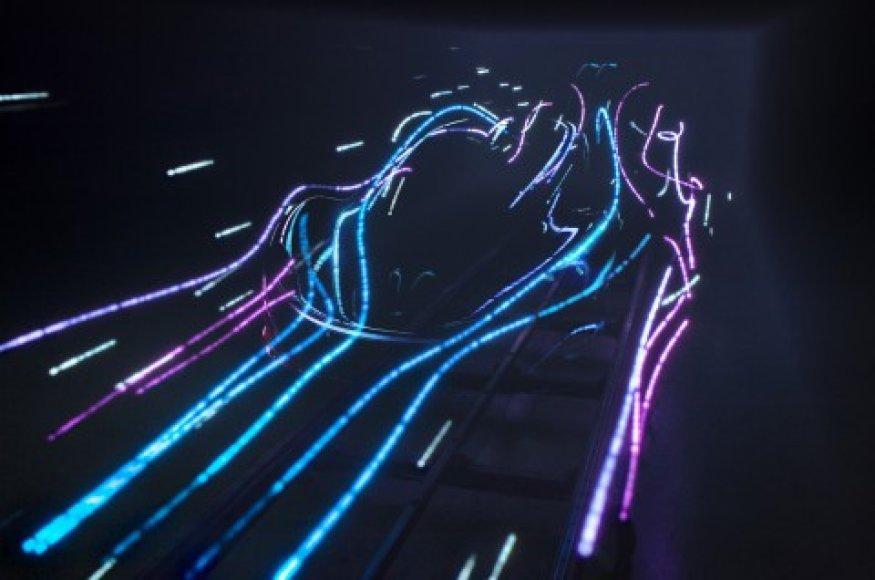 McLaren išplatintas naujojo automobilio siluetas