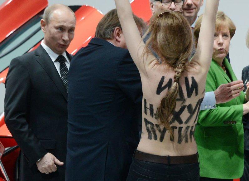 Vladimiras Putinas ir FEMEN aktyvistė