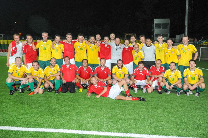Lietuvos žurnalistų futbolo rinktinė su Danijos komanda