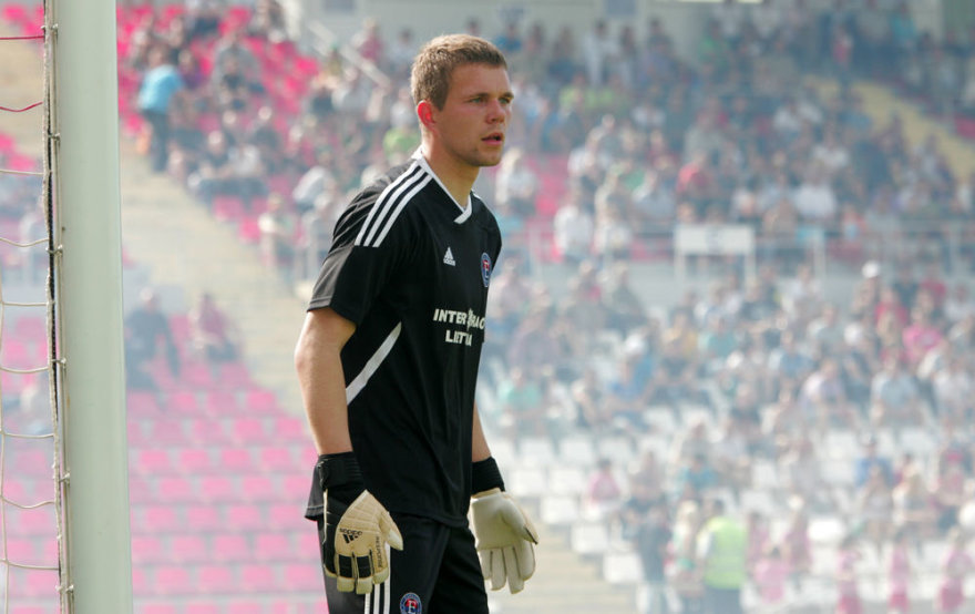 """Panevėžio """"Ekrano"""" klubo vartininkas Emilijus Zubas dalyvauja Lenkijos klubo peržiūroje."""