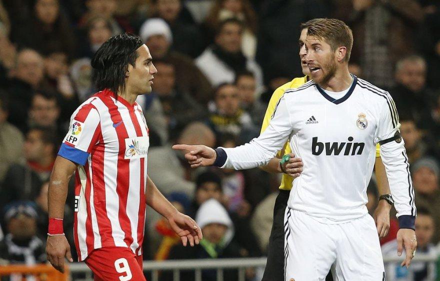 Internete pasirodė vaizdo medžiaga, kurioje matyti, kaip Ispanijos rinktinės narys Sergio Ramosas spjauna Diego Costai į veidą.
