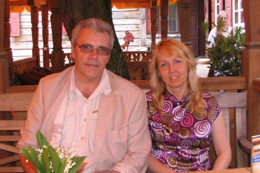E. Daukantas ir I.Okulevičienė penktadienį sumainys žiedus.