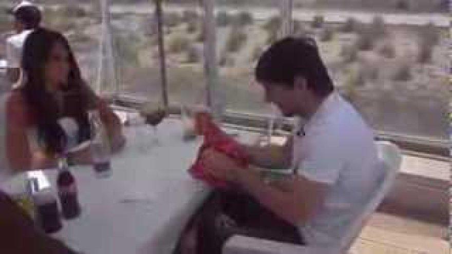 Lionelis Messi ir žmona pietavo brazilų restorane.