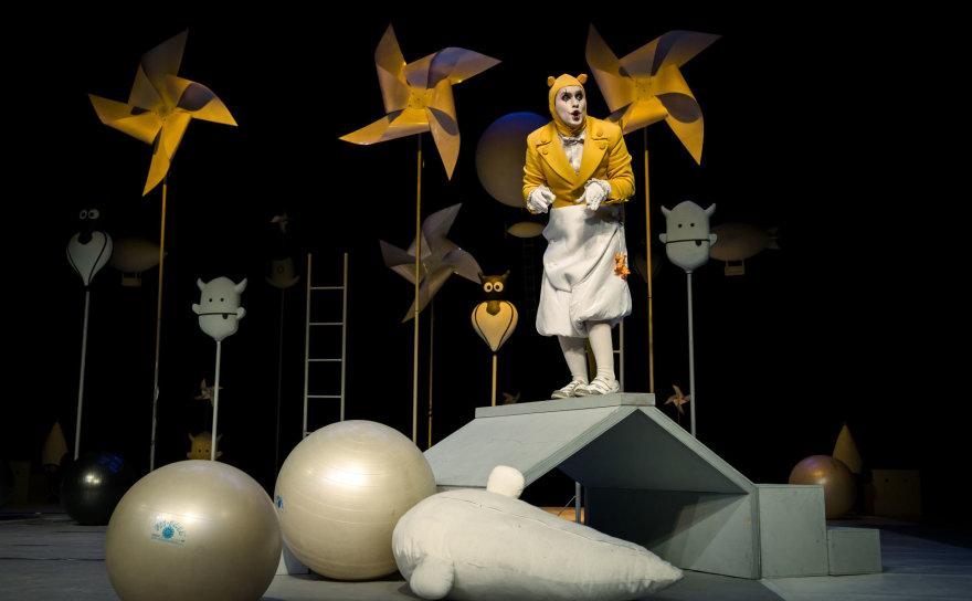 """Tado Povilonio muotr./Spektaklis """"Išgelbėkime kengūriuką"""""""