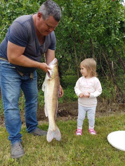 Macelių šeimos albumo nuotr./D. Macelio teigimu, laimikis nebūtinai priklauso nuo brangių žvejybos įrankių