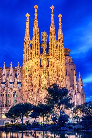 Vida Press nuotr./Barselonos Šv. Šeimynos bažnyčia bus užbaigta iki 2026 metų