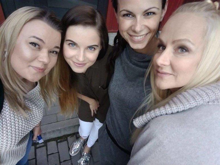Asmeninio albumo nuotr./Diana Dargienė (dešinėje)