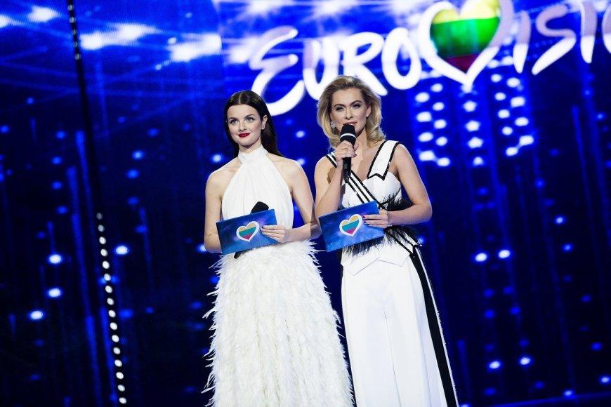 Vytenio Radžiūno nuotr./Gabrielė Martirosianaitė ir Ieva Stasiulevičiūtė