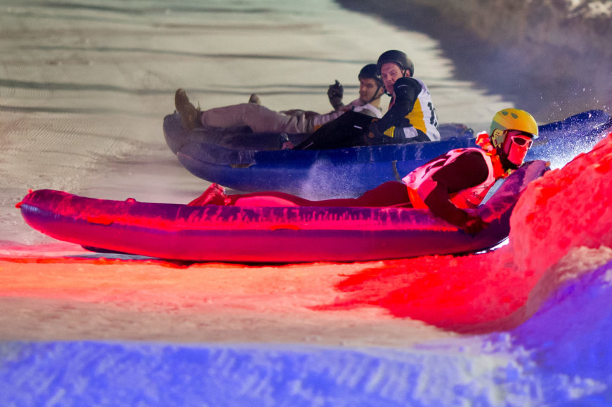"""Asmeninė nuotr./ """"Snow Kayak 2017"""" varžybų akimirka"""