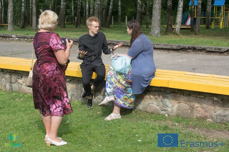 Martynos Bakaitės nuotr./Pabėgėlių stovykloje – Rokas Bernatonis