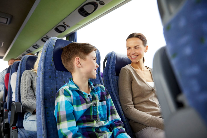 123rf.com nuotr./Kelionė autobusu