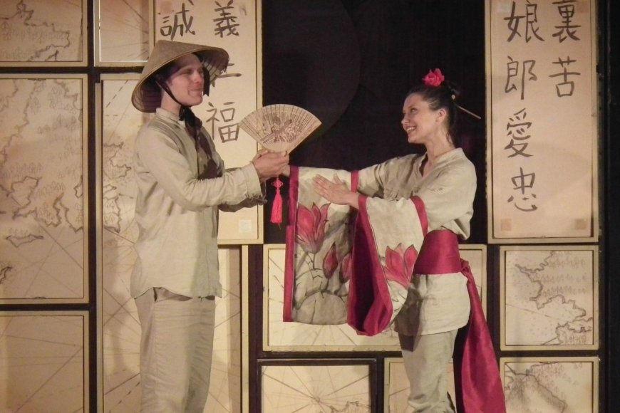 """Teatras ,,Atviras Ratas"""" Lentvaryje"""