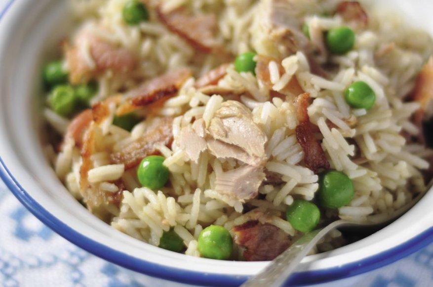 Kepti ryžiai su tunu