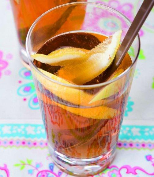 Putojanti citrininė arbata