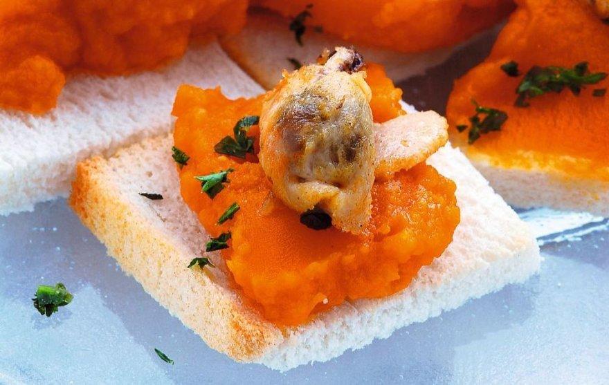 Sumuštinukai su morkų piure