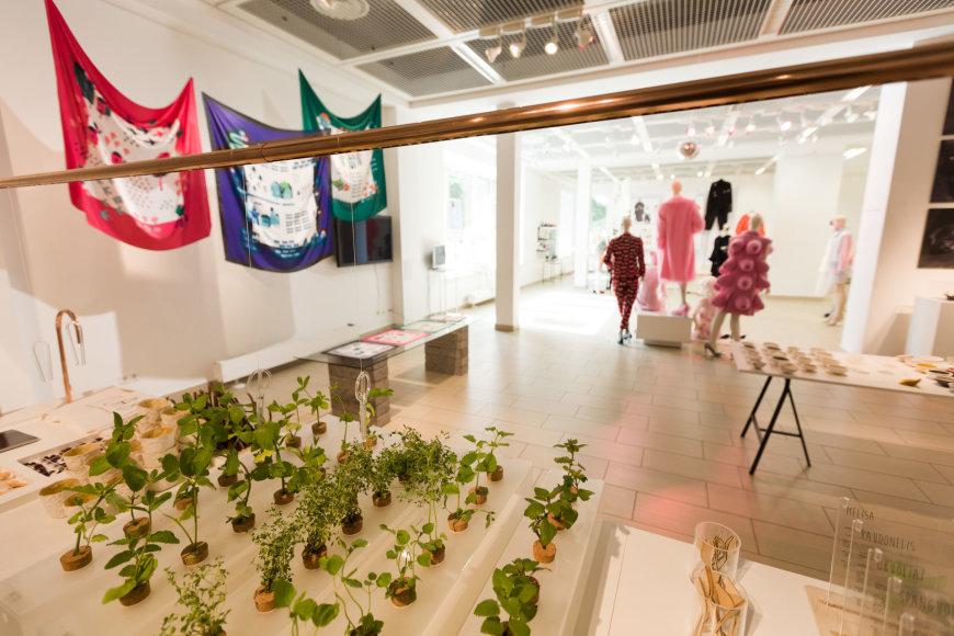 konkurso nominantų darbų VDA ekspozicijų salėje TITANIKAS bus eksponuojama iki liepos 23 d.