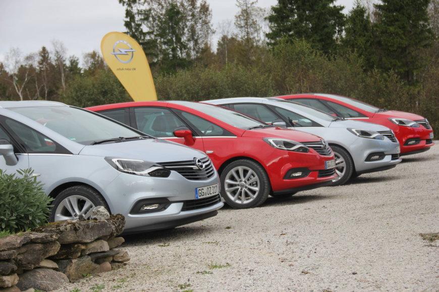 """Tomo Markelevičiaus nuotr./""""Opel Zafira"""""""