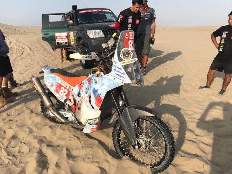 Žilvino Pekarsko / 15min nuotr./Balys Bardauskas traukiasi iš Dakaro