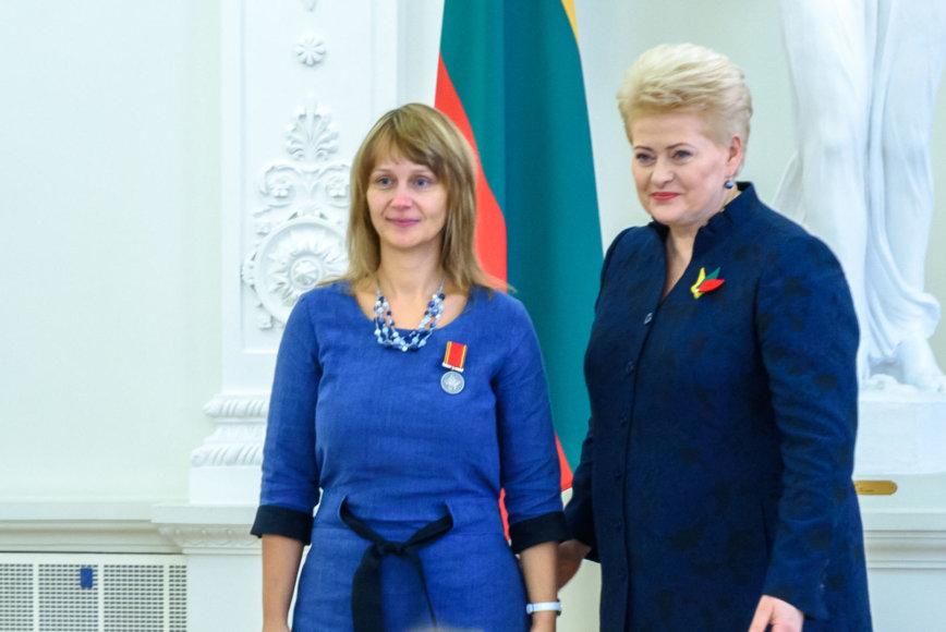 Asmeninio archyvo nuotr./Edita Abrukauskienė su prezidente Dalia Grybauskiate