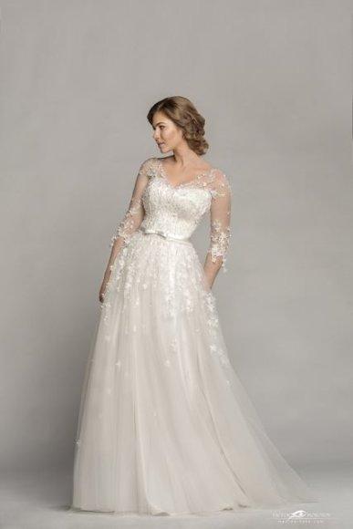 Victoro Morozovo nuotr./Arvydo Videikos vestuvinė suknelė