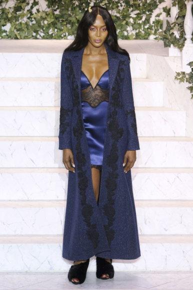 "Vida Press nuotr./Naomi Campbell ""La Perla"" kolekcijos pristatyme Niujorko mados savaitėje"
