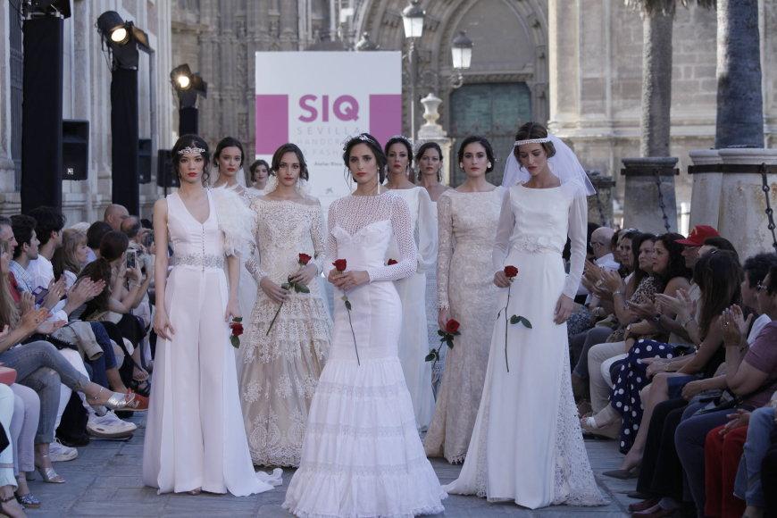 Adolfo Moraleso nuotr./R.Pocevičienės praėjusiais metais SIQ pristatyta vestuvinių suknelių kolekcija