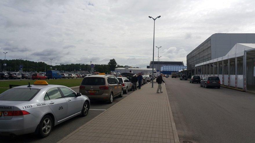Ernesto Naprio nuotr./Taksi Kauno oro uoste