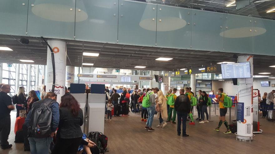 Ernesto Naprio nuotr./Kauno oro uoste papildomas klientų antplūdis problemų nesukėlė