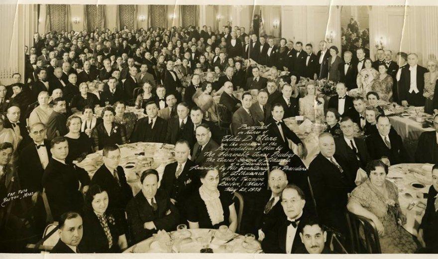 """""""The Wyner Family Jewish Heritage Center (JHC)"""" archyvai /Banketas, skirtas pagerbti Elihu Stone'o tarnybą Lietuvai, Bostono """"Kenmore"""" viešbutis, gegužės 25-oji."""