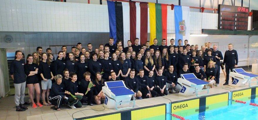 Lietuvos komandas Baltijos plaukimo čempionate
