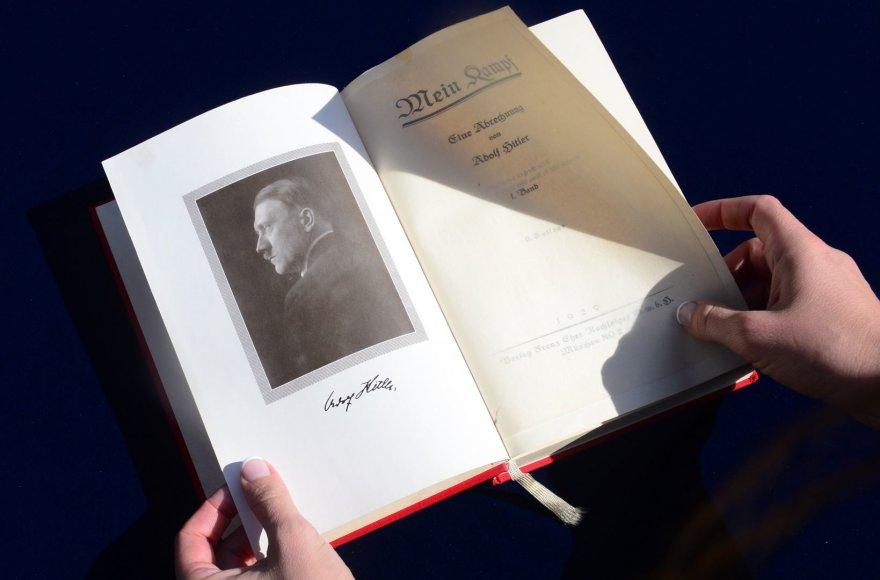"Adolfo Hitlerio ""Mein Kampf"""