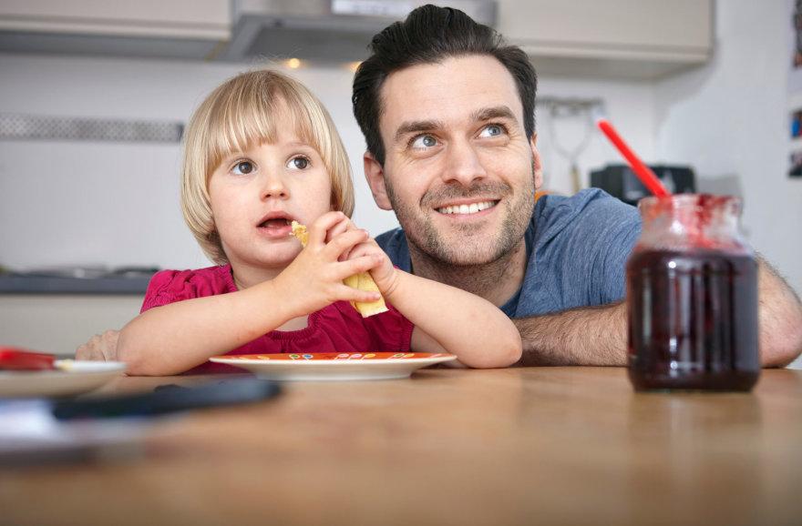 Vida Press nuotr./Tėtis ir vaikas