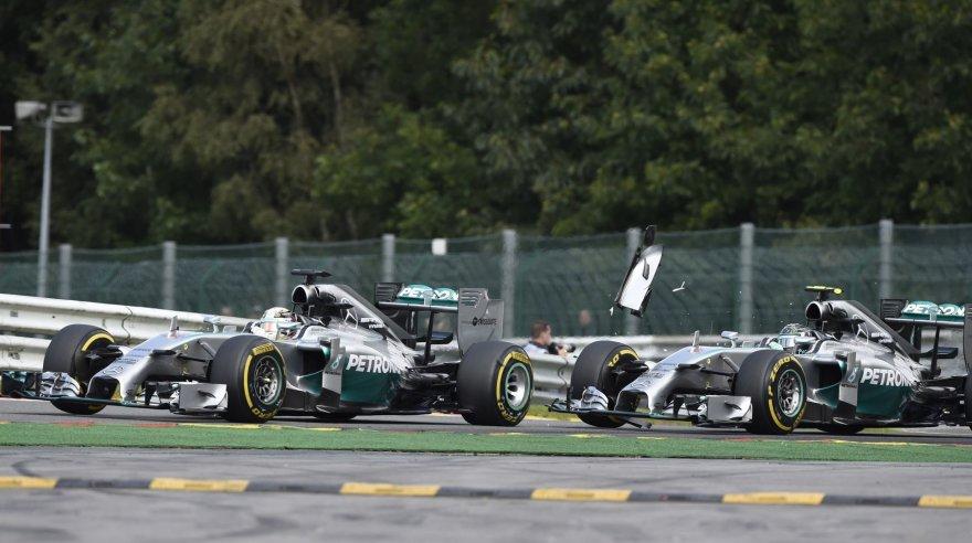 Nico Rosbergo ir Lewiso Hamiltono avarija