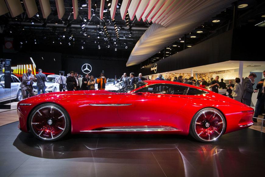 """Ekstravagantiškasis """"Mercedes-Maybach 6"""" koncepcinis modelis"""