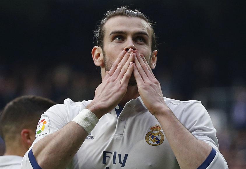 Garethas Bale'as sugrįžo į futbolo aikštę po 3 mėnesių pertraukos