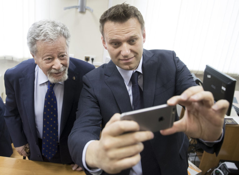 A.Navalnas ir A.Usmanovo advokatas G.Padva
