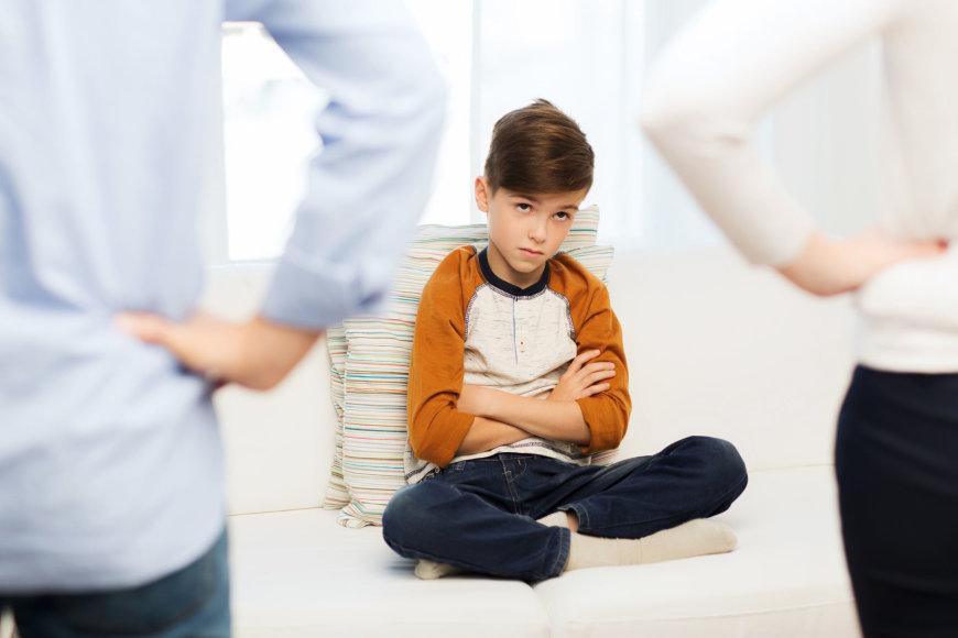 Tėvų pokalbis su vaiku.