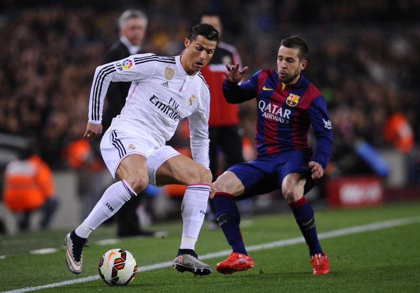Cristiano Ronaldo ir Jordi Alba