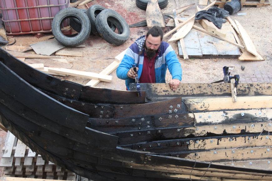 Kretingos rajone kyla vikingų epochos laivas
