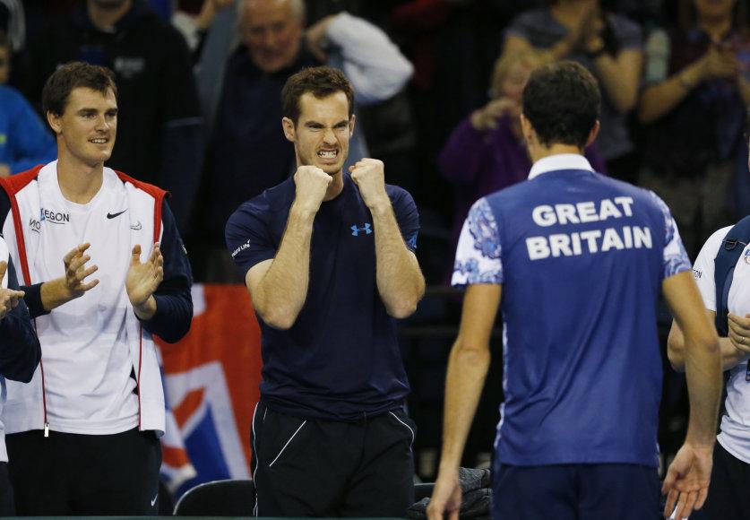 Andy Murray ir Jamesas Wardas