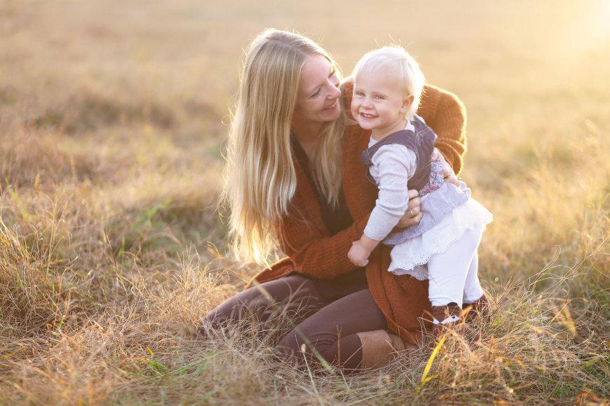 123RF.com nuotr./Mama su vaiku.