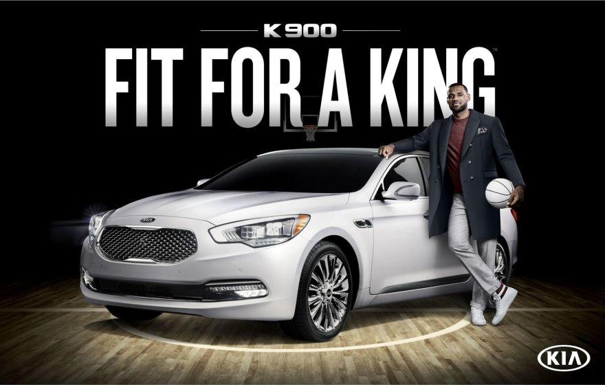 """LeBronas Jamesas ir """"Kia K900"""""""