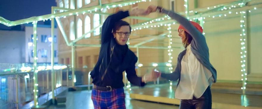 "Vilniečiai šoka pagal ""Happy"" dainą"