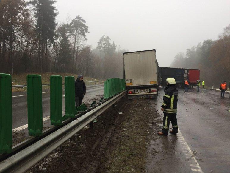 Vilkikų avarija greitkelyje