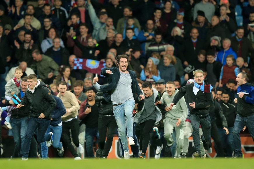 """Aston Villa"" sirgaliai aikštėje"